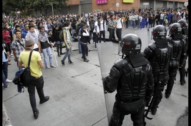 Disturbios por Transmilenio en Bogotá