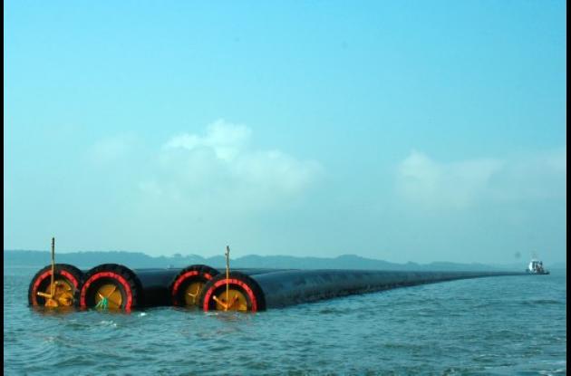 Llegan nuevos tubos para el Emisario Submarino de Cartagena