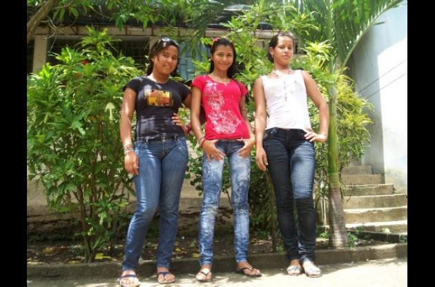 Ivana Herrera de las Aguas, Eidy Johana Castro y Leidys Isabel Acevedo Márquez.