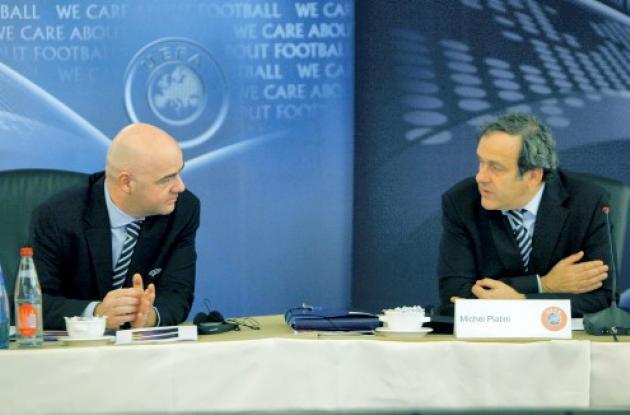 El comité ejecutivo de la UEFA se reúne en París.