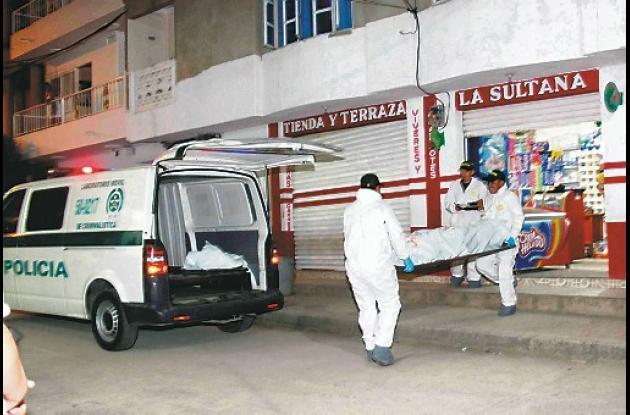El crimen ocurrió ayer, a las 6 de la tarde, en la tienda La Sultana.