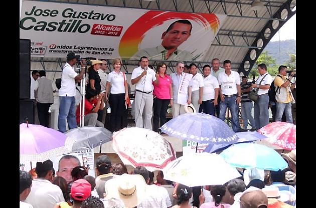 Uribe y Rosario en San Juan