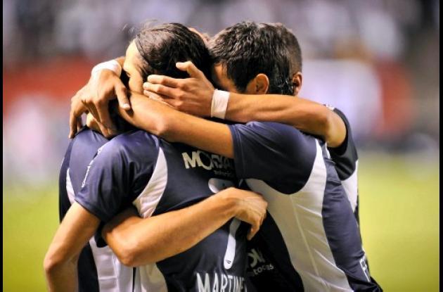 La cancha de Vélez Sarsfield fue sancionado. Por eso no podrá jugar de local.