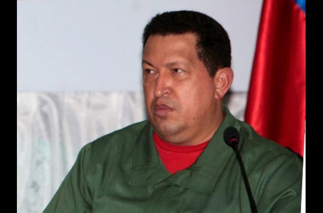Hugo Chávez sigue en Cuba donde se recupera de una cirugía.