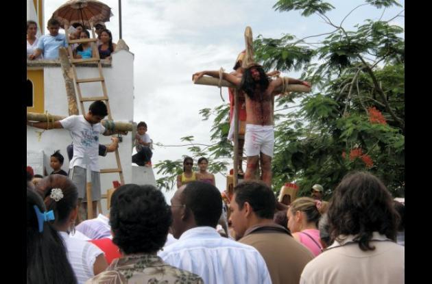 Vía Crucis en San Juan Nepomuceno.