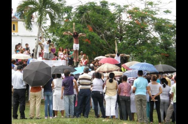 Vía crucis en vivo en San Juan Nepomuceno