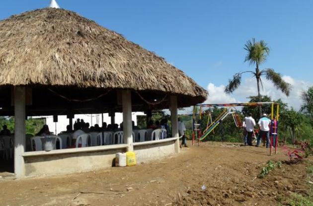 El kiosco en las Brisas fue hecho con las especificaciones que pidieron familiares de las víctimas y su construcción demoró tres meses.