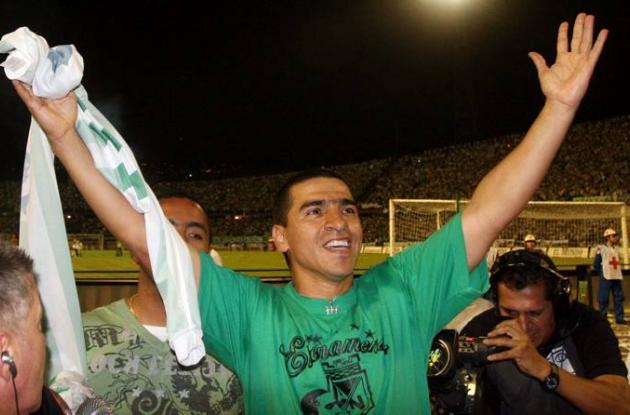 Víctor Hugo Aristizábal sigue viviendo del fútbol.