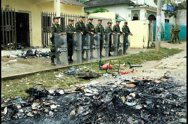 La Policía de Bolívar retomó el control en Villanueva luego de que una turba inc