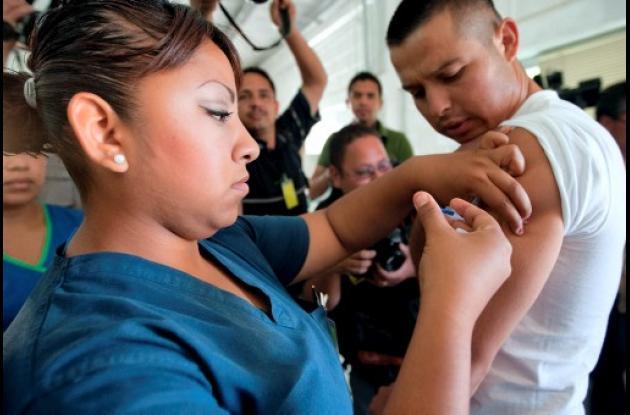 Alarma en México por reaparición de influenza causada por virus AH1N1.