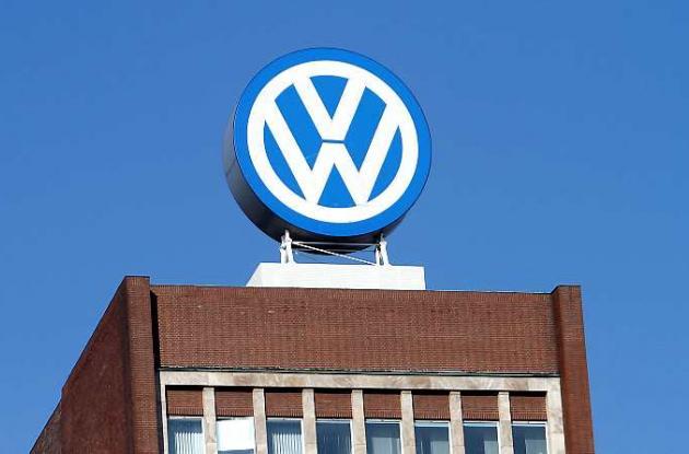 Suzuki acusa a Volkswagen de violar pactos sobre carros híbridos.
