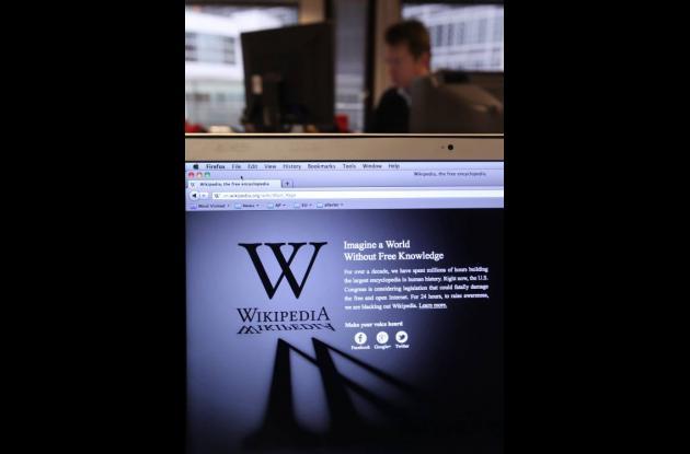 Wikipedia cerró su página por 24 horas en protesta a la ley SOPA