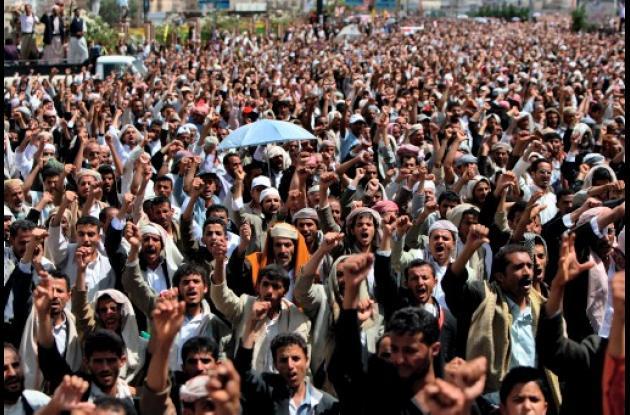 Yemen, siguen las protestas en las calles de Saná.
