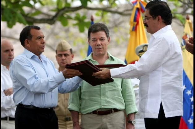 Por el Convenio de Cartagena, firmado por Lobo y Zelaya, los tribunales suspendi