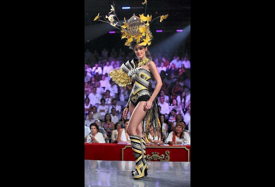 Desfile de trajes artesanales | EL UNIVERSAL - Cartagena
