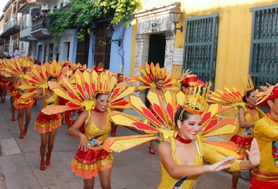 Danzas de Mónica Galindo.