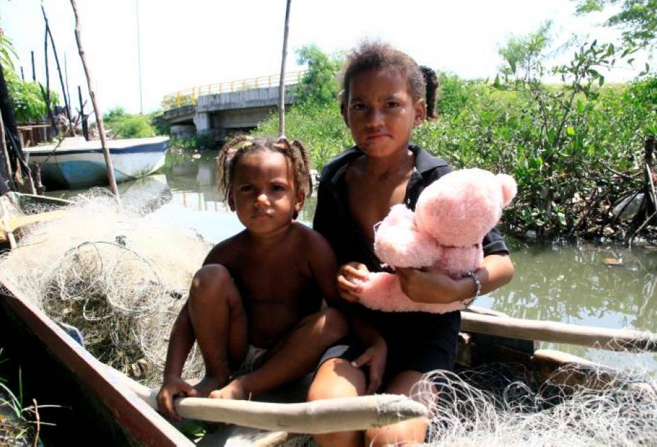 residentes de los barrios a orillas de La Perimetral
