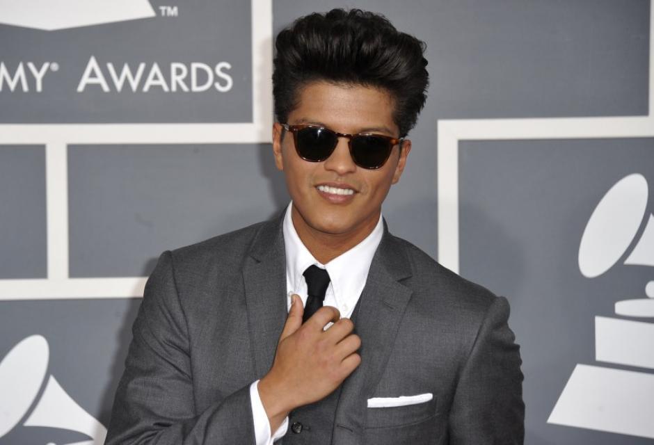 4. Bruno Mars, 29 años, $60 millones de dólares.