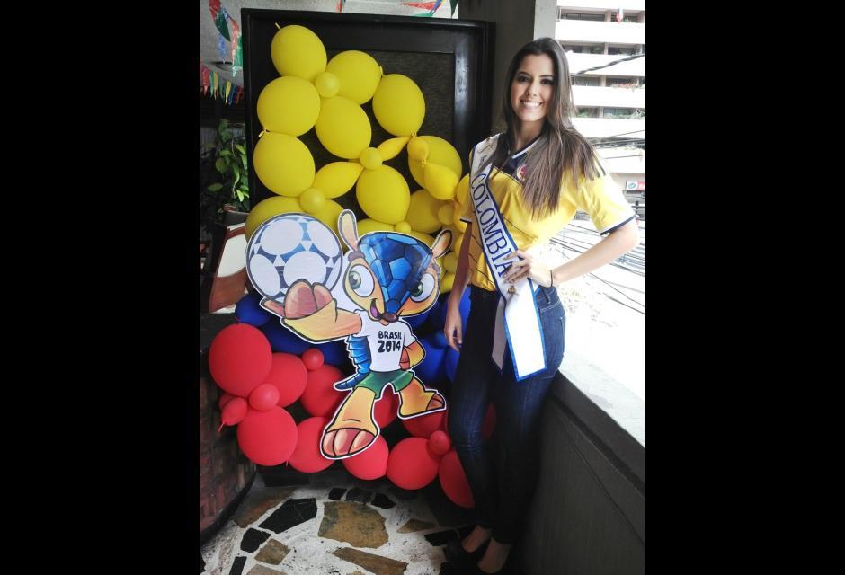 En un partido de Selección Colombia. paulina vega dieppa