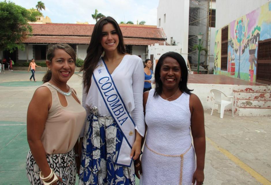 Visita al Colegio Mayor de Bolívar. paulina vega dieppa