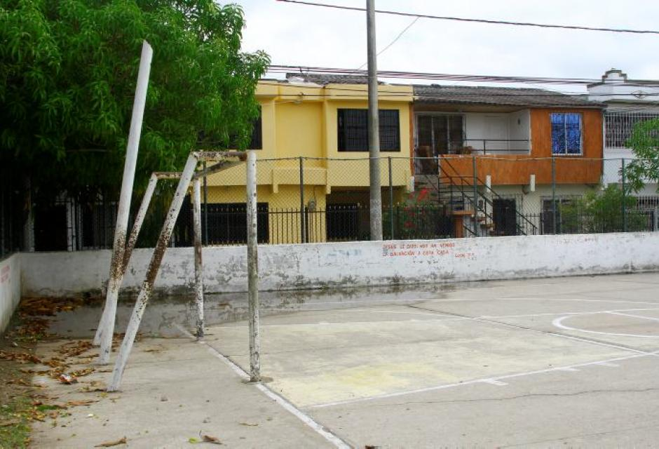 Cancha múltiple del barrio La Princesa