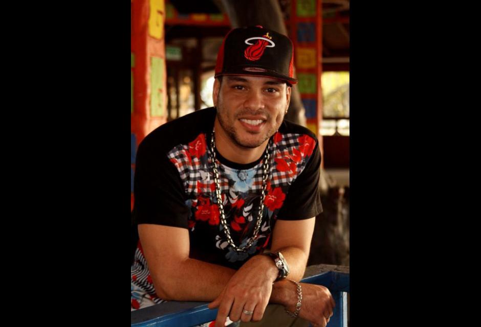 """Israel Gómez Monterrosa, es Twister el Rey, hace parte del boom de la champeta urbana y este año inició su carrera a nivel mundial mostrando su éxito """"La espeluca"""", canción que le otorgó un reconocimiento tanto local como internacional."""