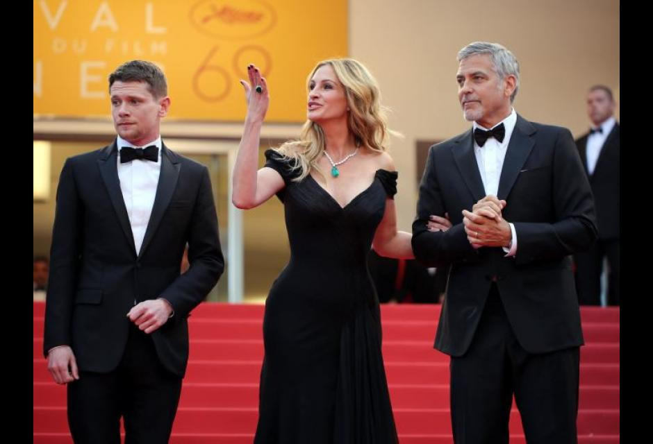 Jack OíConnell, Julia Roberts y George Clooney. CANNES