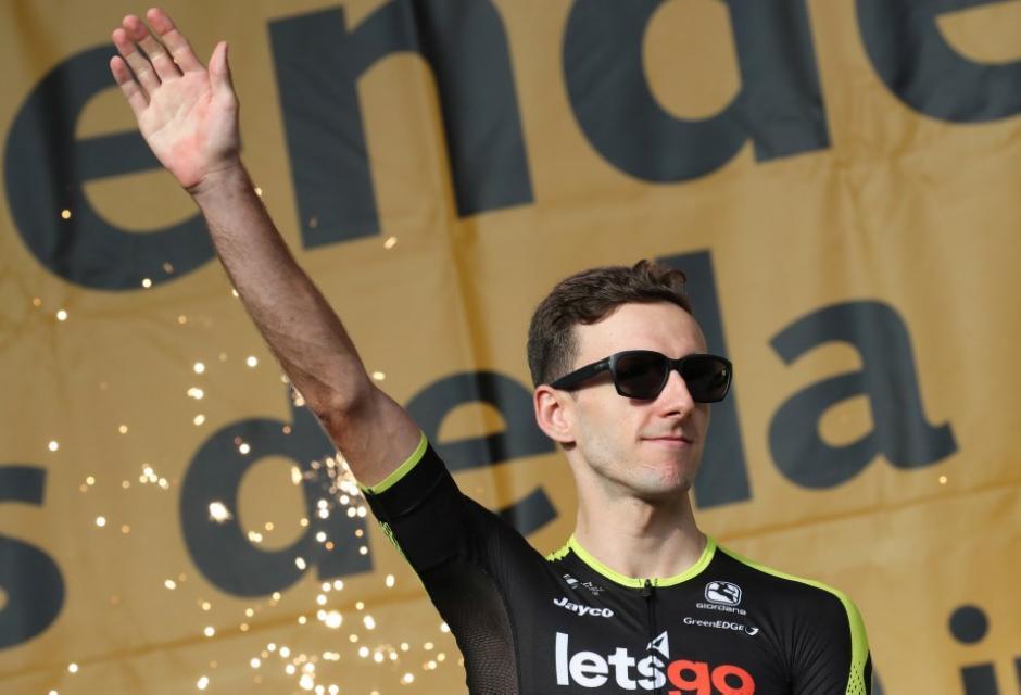 Adam Yates durante presentación del Tour de Francia 2018