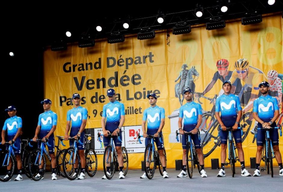 El Movistar Team durante presentación del Tour de Francia 2018