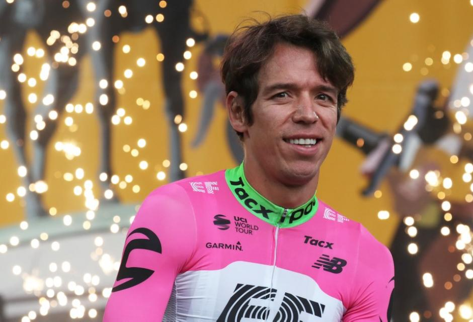 Rigoberto Urán durante presentación del Tour de Francia 2018