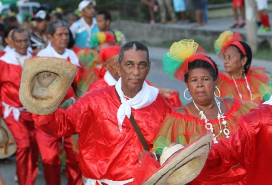 Desfile Folclórico de la Localidad 3