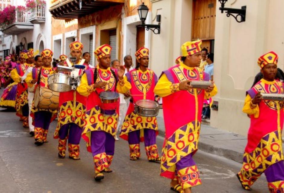 Conjunto Folklórico Nacional Ekobios