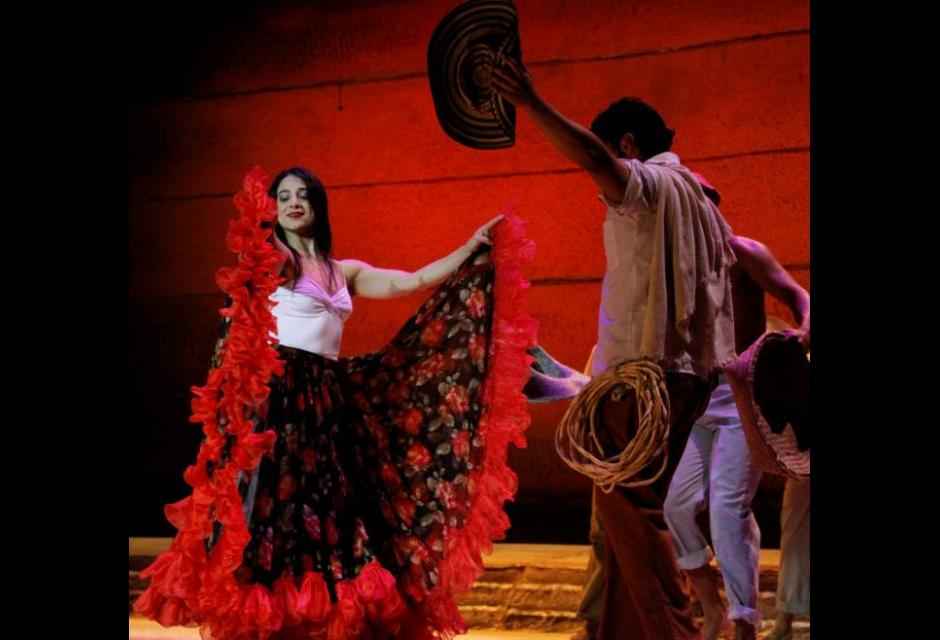 Musical teatral María Barilla en el teatro Adolfo Mejia