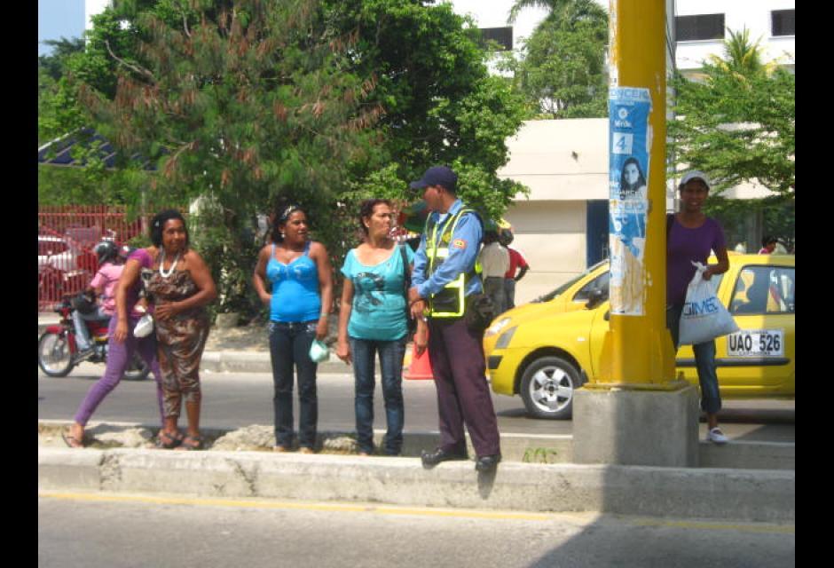 Infracciones de peatones en Avenida del Bosque, en Cartagena.