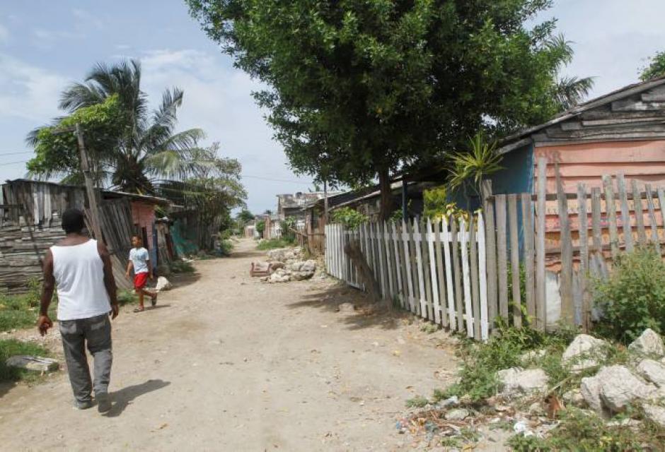 Casas cercanas a la Vía Perimetral