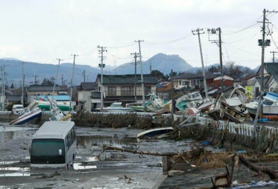 sismo y tsunami en Japón.