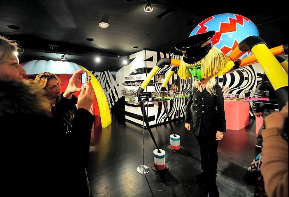 El estilista Nicola Formichetti diseño el lugar con Gaga