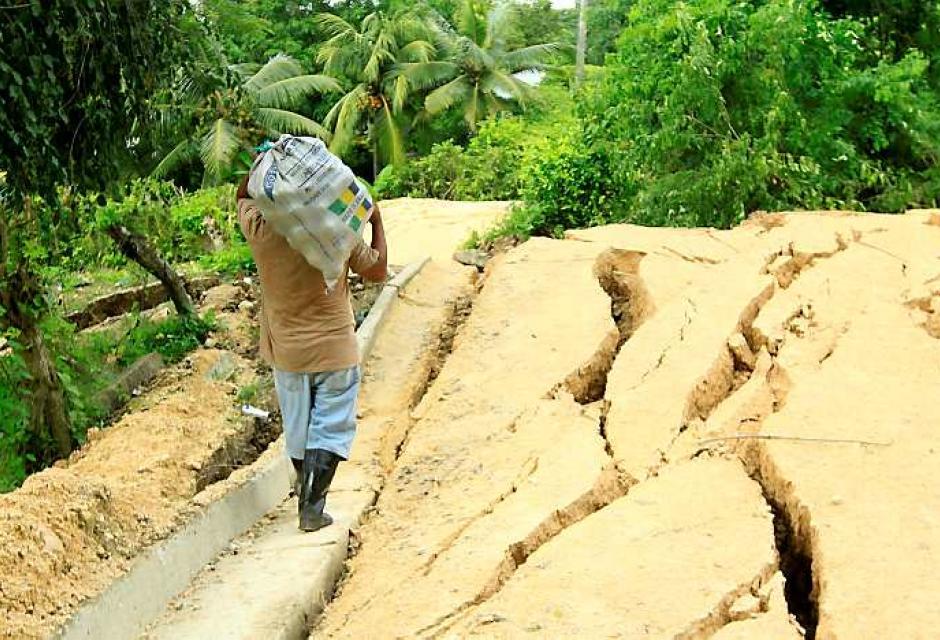 La tierra en Loma de Piedra (Turbaco) sigue deslizándose