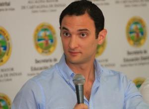 Jaime Hernández Amín, secretario de Educación.
