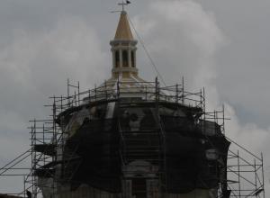 Trabajos de consolidación de la cúpula de la iglesia San Pedro Claver