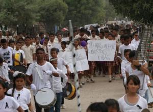 Marcha en Cascajal por muerte de Luz Jiménez y su hija María Camila Quesada.