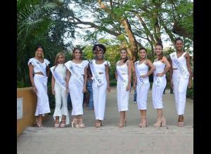 Las doce aspirantes a convertirse en nueva Capitana Nacional del Mar, tuvieron la oportunidad de conocer a la Quinta de San Pedro Alejandrino.