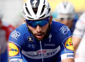 Gaviria se corona en el esprint final de la etapa 4. Tour de Francia 2018