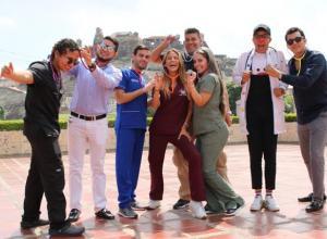 Michael Ortega, Alberto Serrano, Médico de Moda, Wanda Medina, Mónica Cárdenas, Álvaro Galán, doctor Alexito y William Guerrero.