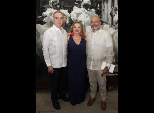 Óscar Gómez, Priscilla Cabrales y Jack Harb.