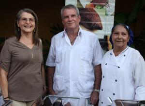 Gloria Tapia, Darro López y Miriam Dimitrio.