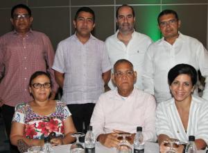 De pie: Luis Ramírez, Jorge Redondo, Miguel Cuéter y Carlos Ardila; sentados: Deiry Martelo, Luis Rincón y Vivian Eljaiek.