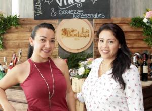 Sandra Palencia y Jhoana Vergara.