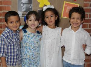 Gerónimo Velásquez, Cristina Cely, María Paz Mejía y Mateo Meñaca.