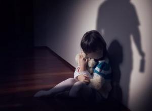 Las menores entre los 12 y 17 años son las principales víctimas de abuso sexual con el 54 %, seguido de las niñas de 6 a 12 años, que representan el 32 %, y de cero a cinco años con el 14 %.